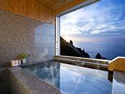 客室露天風呂の一例(ホテルノイシュロス小樽)