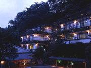 ホテル仙景・離れ山家荘