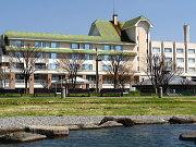 諏訪湖ホテル