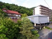 よろづや本館・松籟荘