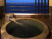 客室露天風呂の一例(潮騒の宿 晴海)