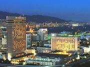 神戸ポートピアホテル(外観)